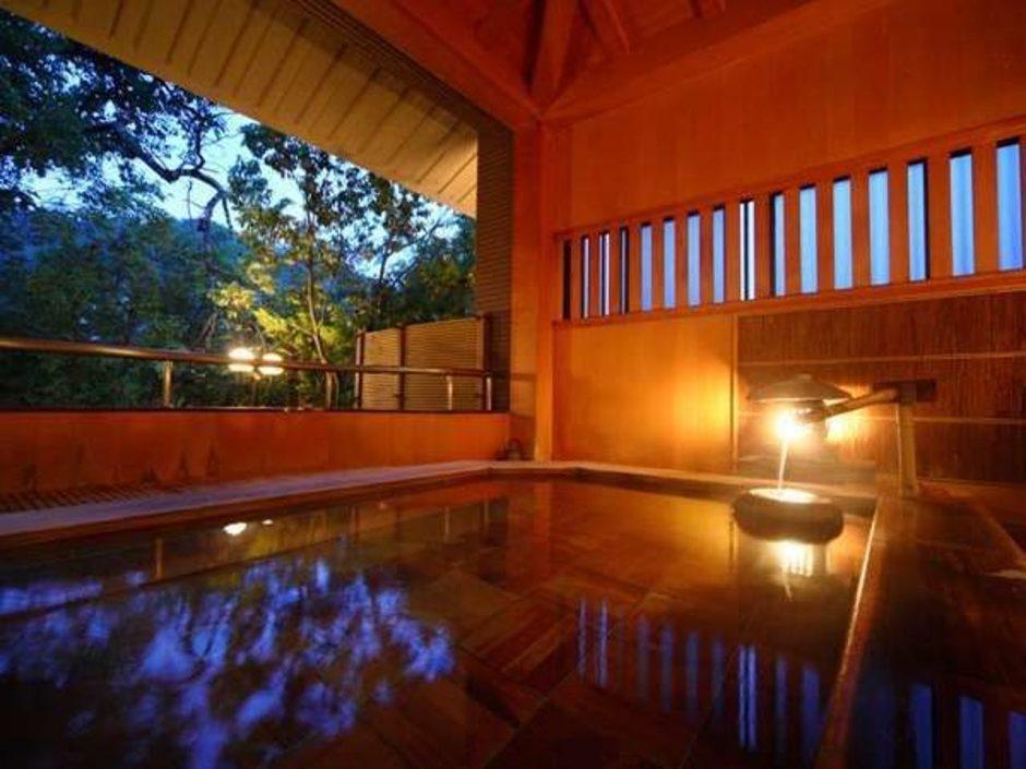 湯涌温泉 湯の出旅館(ゆわくおんせんゆのでりょかん)