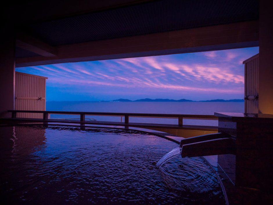 西浦温泉 旬景浪漫 銀波荘(にしうらおんせんしゅんけいろまんぎんぱそう)